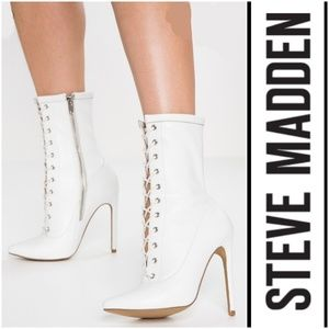 Fierce Steve Madden Lace-Up White Leather Booties